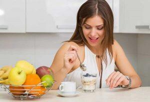 Chế độ ăn uống khi làm răng sứ thẩm mỹ